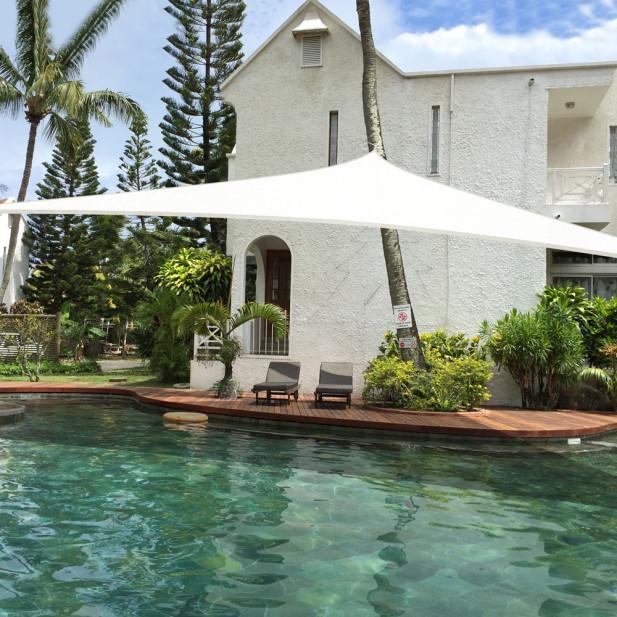 Napvitorla / 3x3 méteres, háromszögletű árnyékoló ponyva - fehér